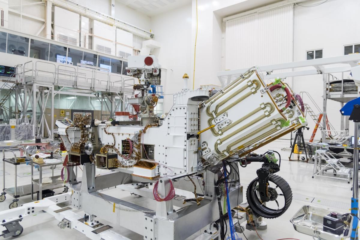 The angled unit on the rover is the Multi-Mission Radioisotope Thermoelectric Generator (MMRTG)