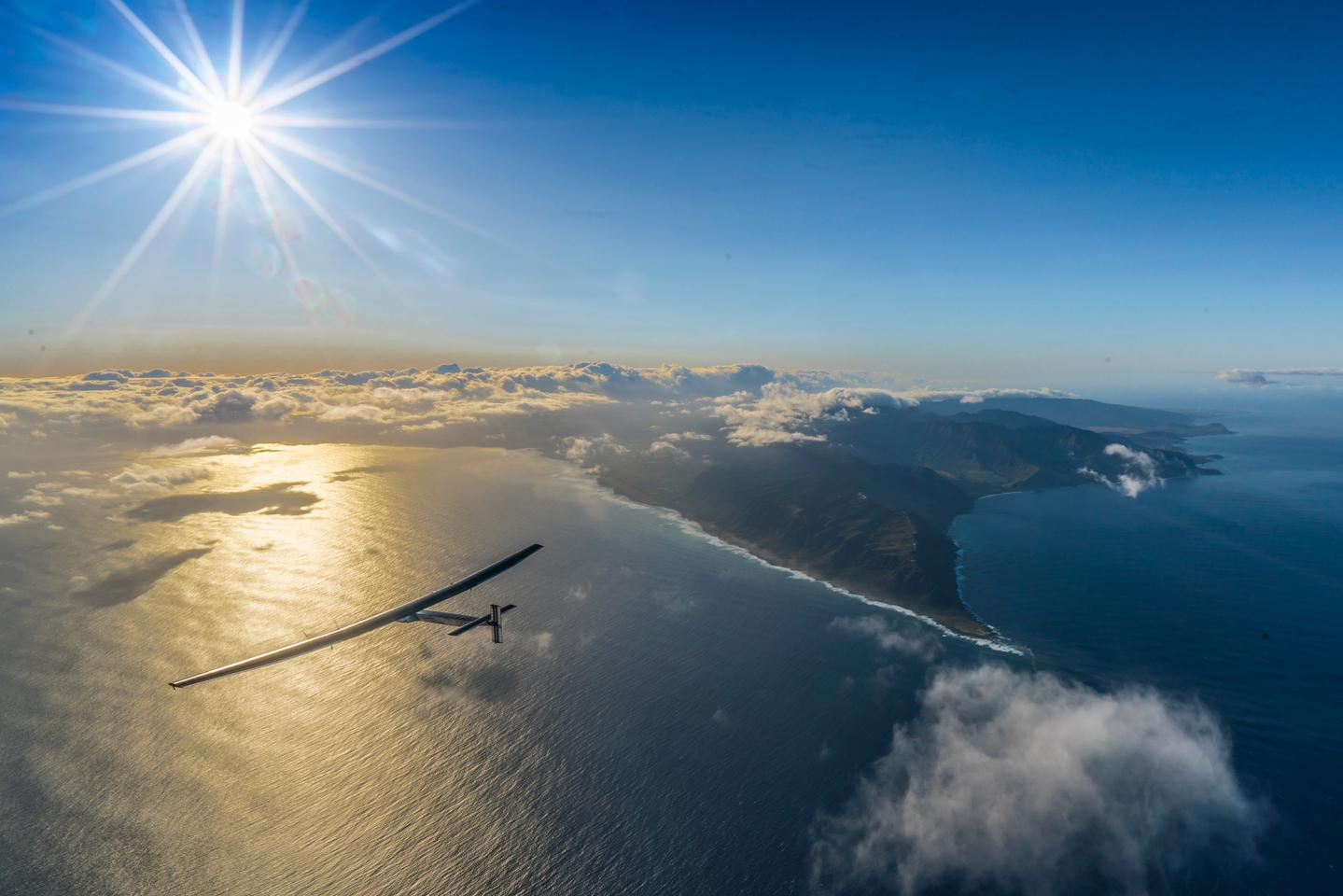 Solar Impulse 2 leaving Hawaii