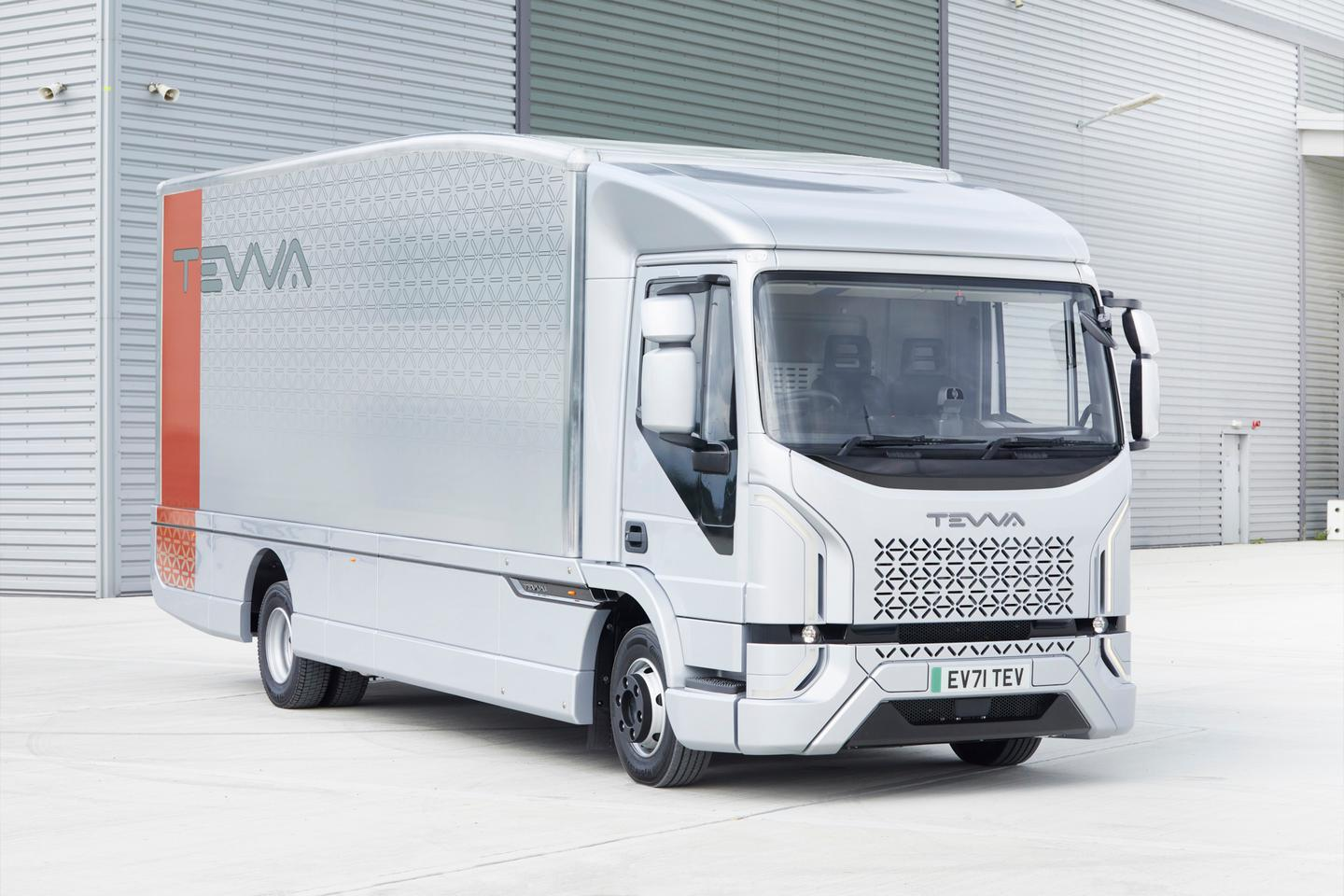 The Tevva Truck is a 7.5-tonne battery electric freight hauler that can be had with a hydrogen fuel cell range extender