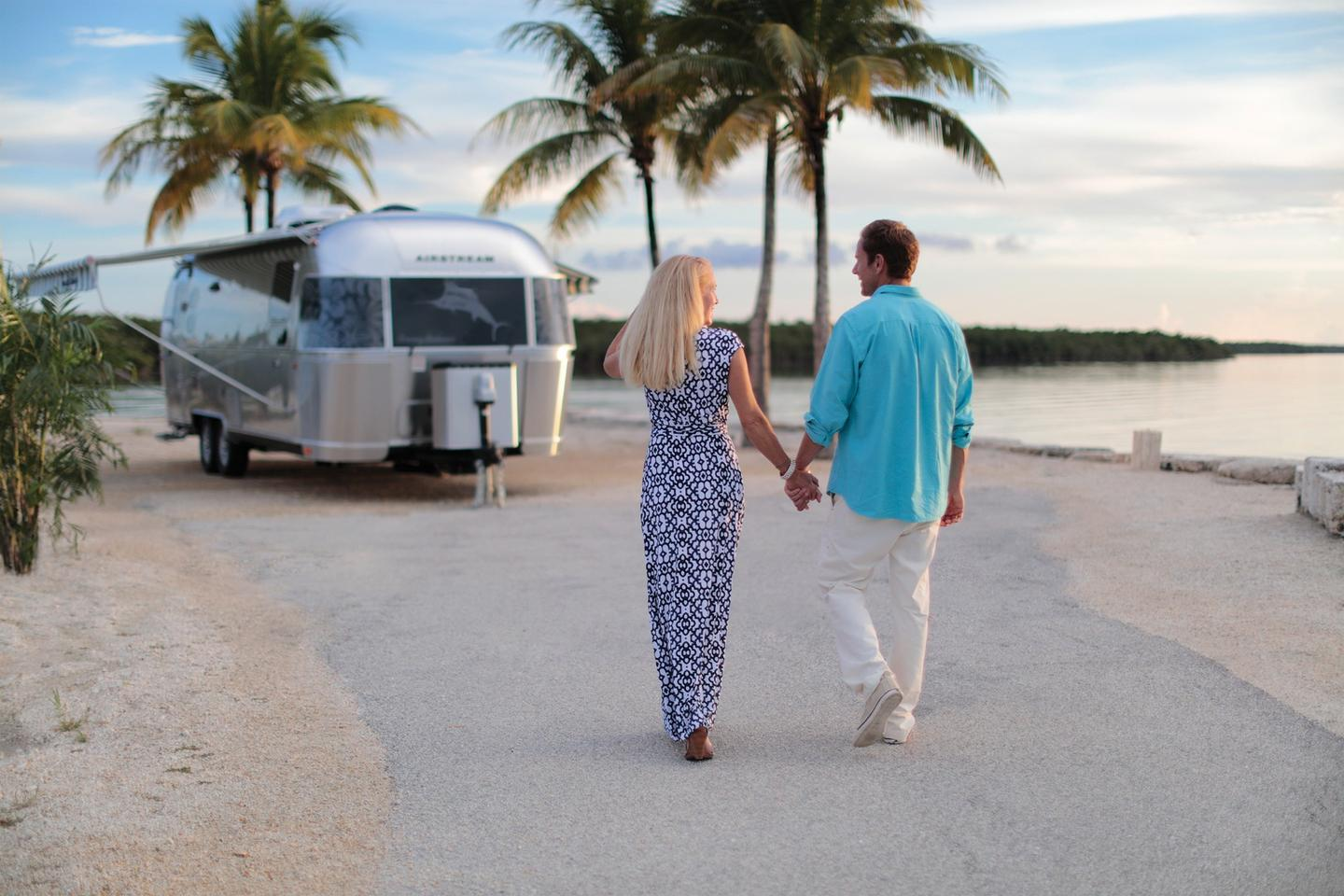 Whether or not you're road tripping down the coast, the Airstream Tommy Bahama Special Edition trailer offers a well-equipped, relaxing place to stay