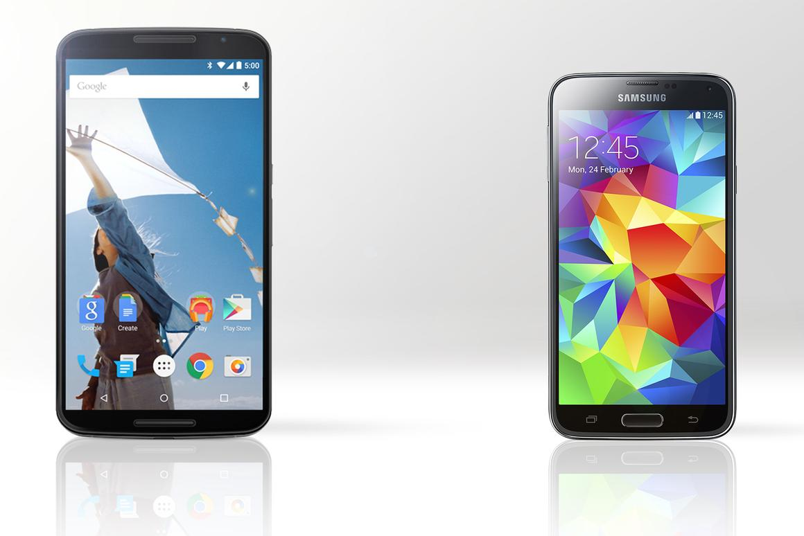 Gizmag compares the features and specs of the Motorola/Google Nexus 6 (left) and Samsung Galaxy S5