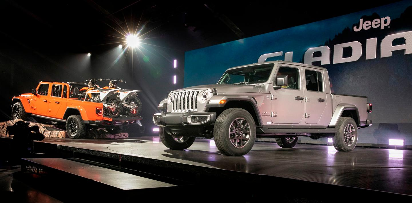 Both hard and soft top options for the Jeep Gladiator pickup were shown at its debut in LA