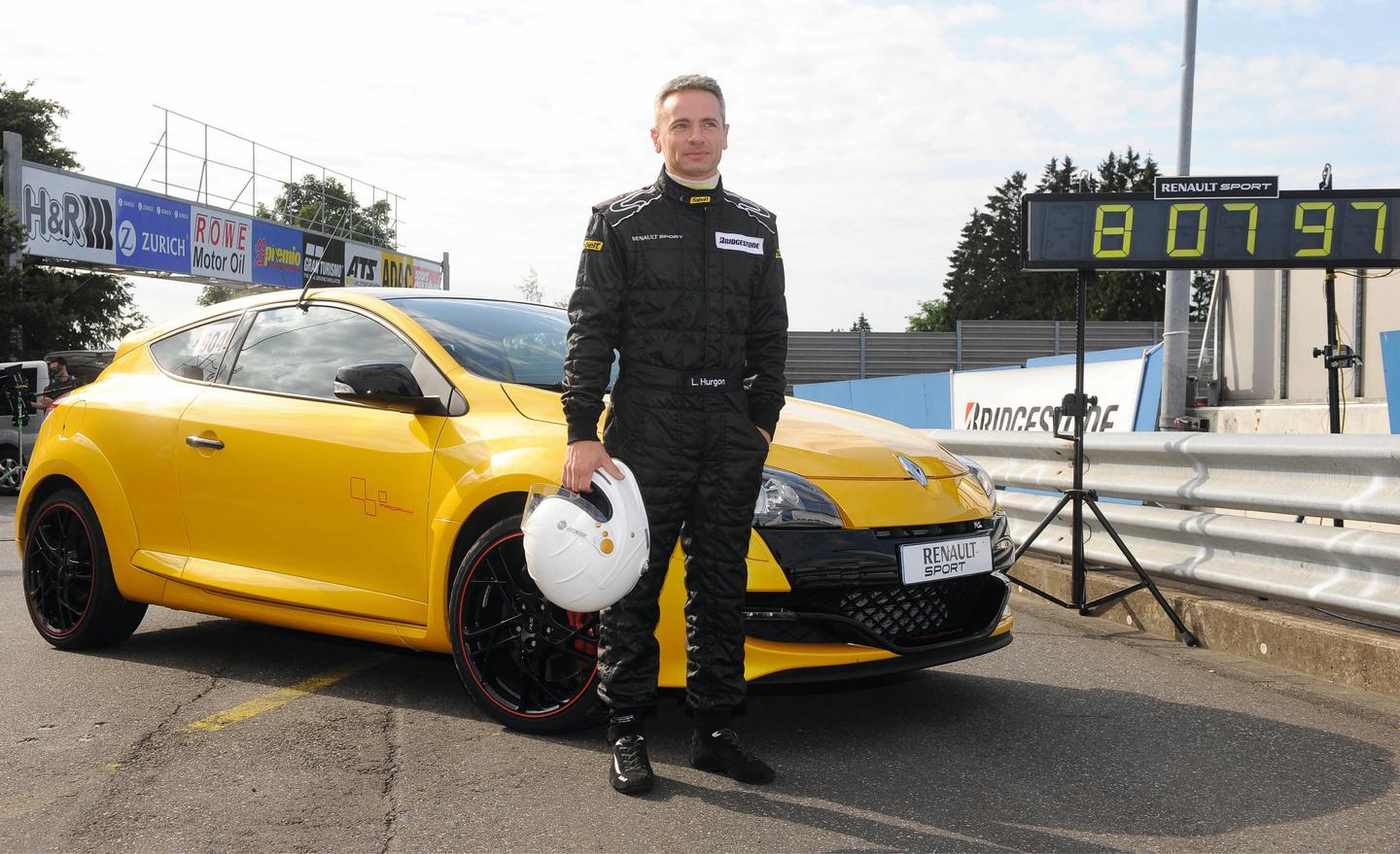 The incumbent just-broken record for production-specification front-wheel drive cars at the Nürburgring Nordschleife circuit was set in 2011 by a Renault team using a Mégane Renaultsport 265 Trophy driven by Renault Sport Development driver Laurent Hurgon.