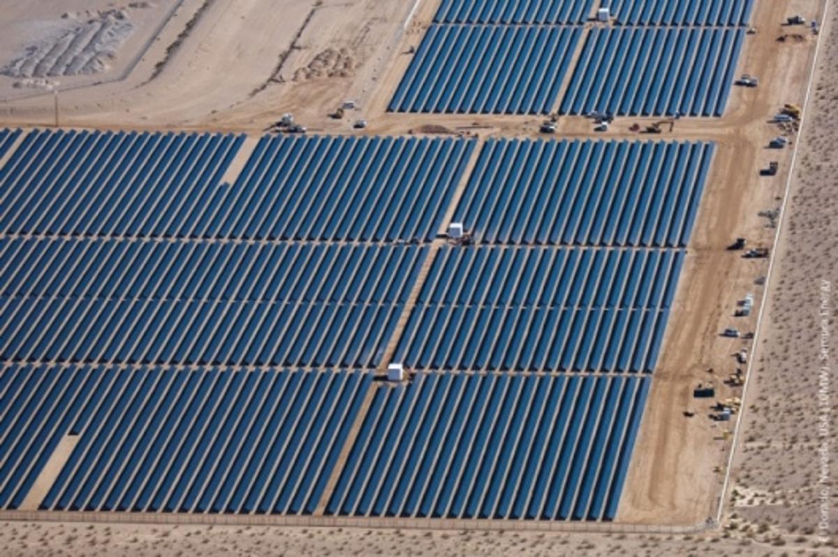 2-gigawatt solar plant to be built in China (Image - First solar plant in El Dorado, NV)