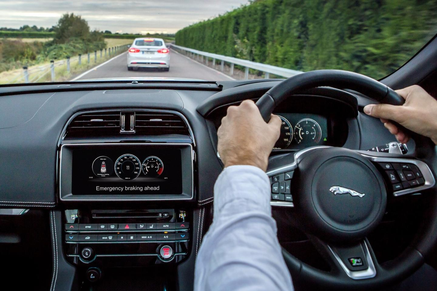 The demonstration was the culmination of a first set of connected car trials as part of the UK Autodrive project