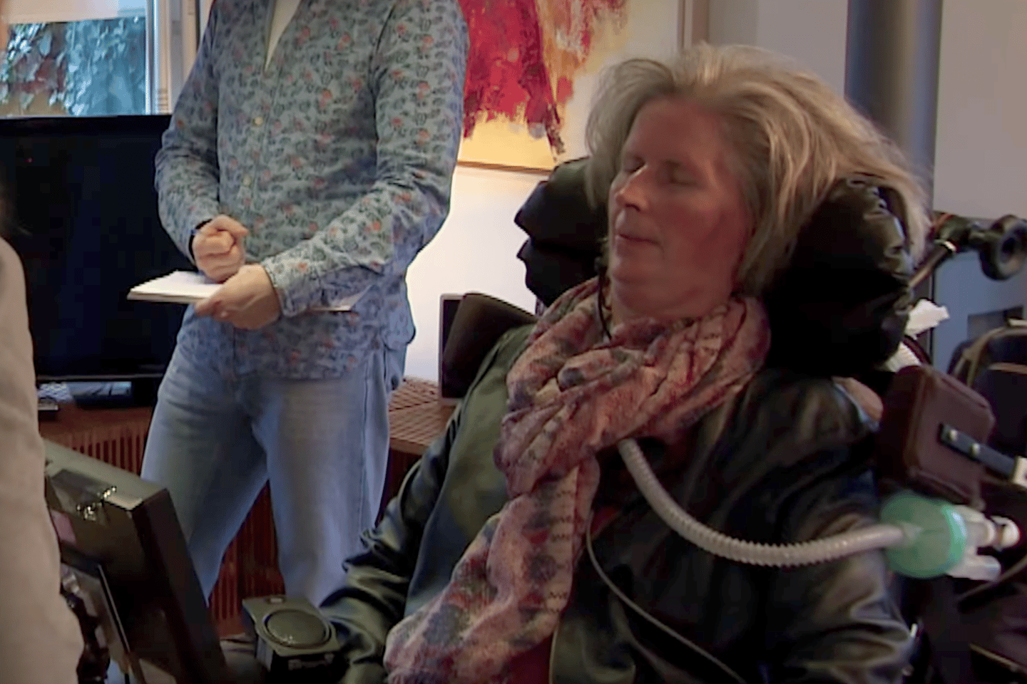 59-year-old mother-of-three Hanneke de Bruijne was diagnosed with ALS (Lou Gehrig's disease) in 2008 and can no longer move or speak, buta brain implant is nowenabling her to operate a speech computer with her mind