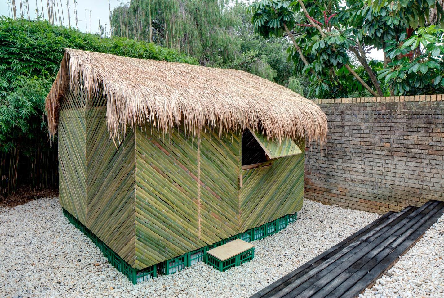This model byShigeru Banwas designed for survivors of aserious earthquake in Ecuador, 2016