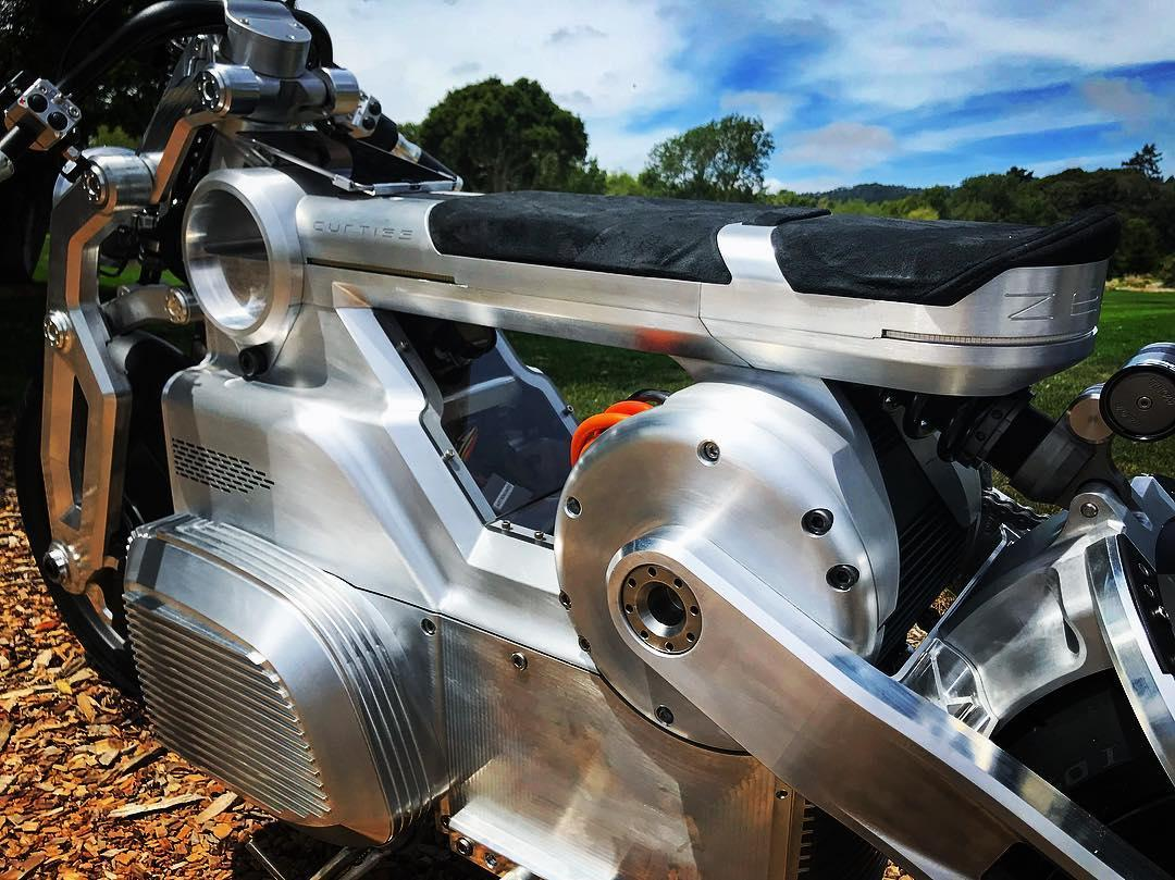 The Zeus electric motorcycle is the first to feature anE-Twin power unit that's built around two high-output electric motors driving one shaft