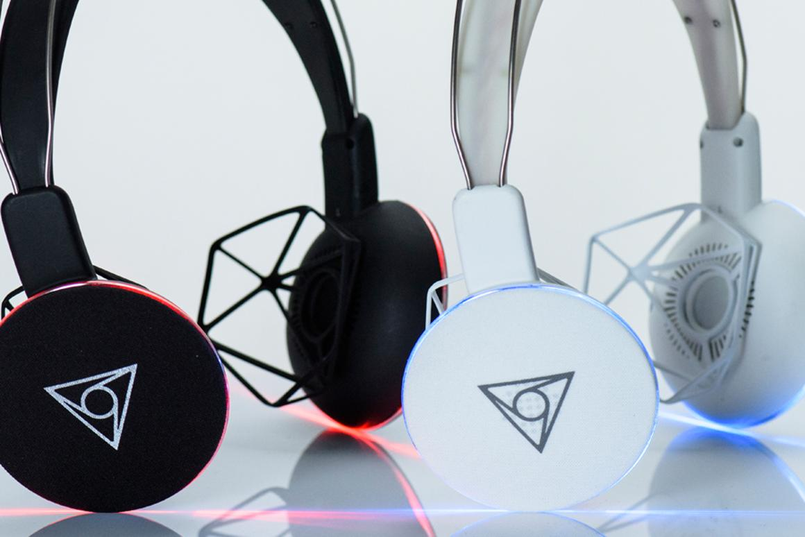 The Vie Shair headphones replace standard cushions with geometric 3D structures