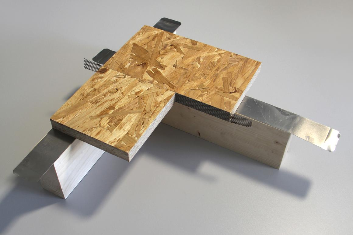 An electrically-activated adhesive tape incorporating metal strips has been developed for constructing prefabricated homes