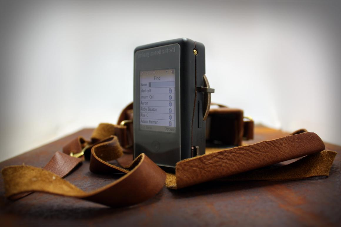 Rotary Mechanical Smartphone combines vintage rotary dial