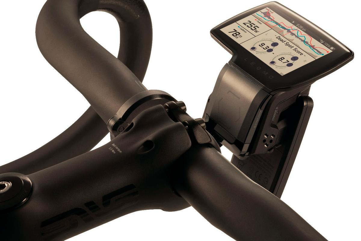The TYPE-R head unit can mount on handlebars or a wrist