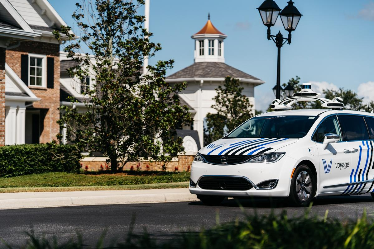 Voyager's agreement with Fiat Chrysler will see the carmaker provide it with purpose-built minivans that meet specific design requirements for its autonomous systems