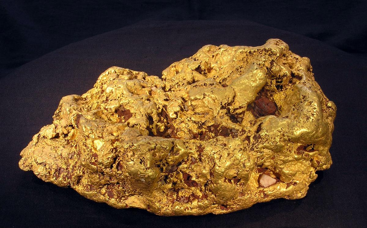 X-rays can be used to detect pieces of gold somewhat smaller than this monster