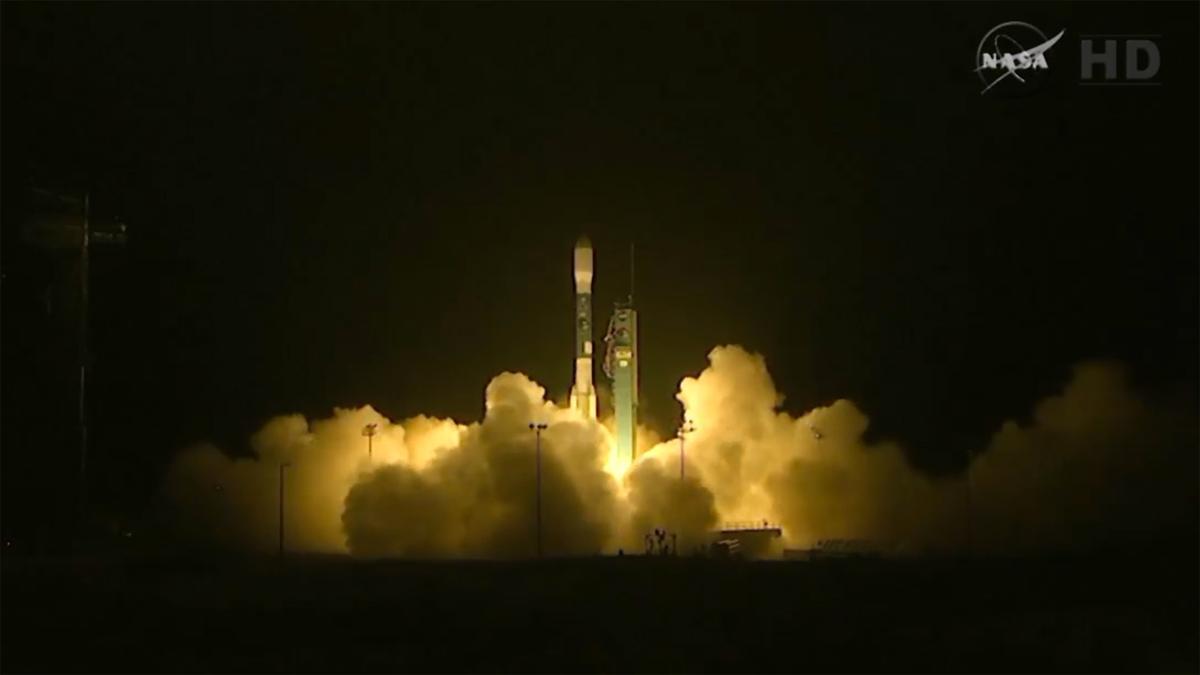NASA's SMAP satellite blasts off from the Vandenburg Air Force Base, California (Image: NASA, United Launch Alliance)