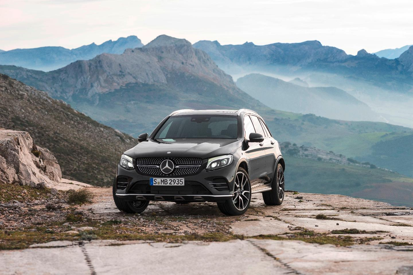 The Mercedes-AMG GLC43 is powered by a 3.0-liter V6 motor putting out 270 kW