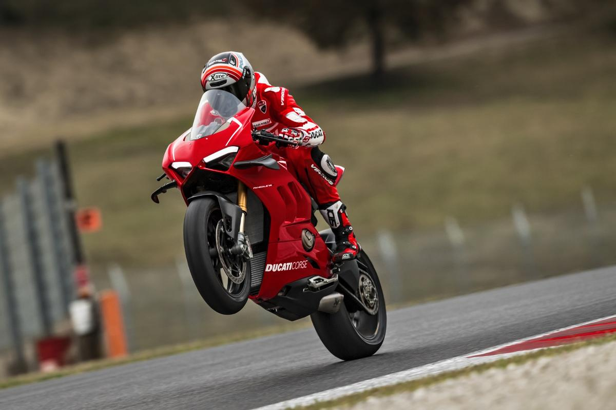 2019 Ducati Panigale V4R: runs advanced wheelie control, so this is clearly on purpose