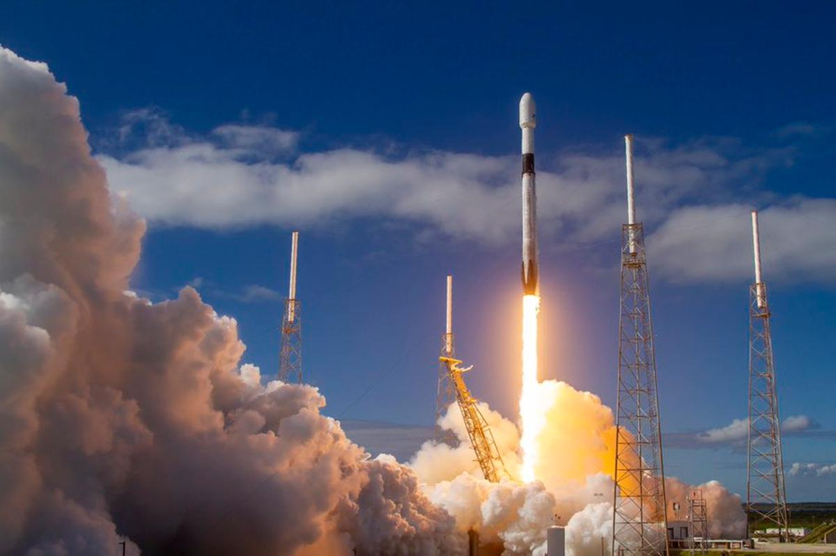 SpaceX's Falcon 9 booster lifts off, the fourth flight of this particular rocket