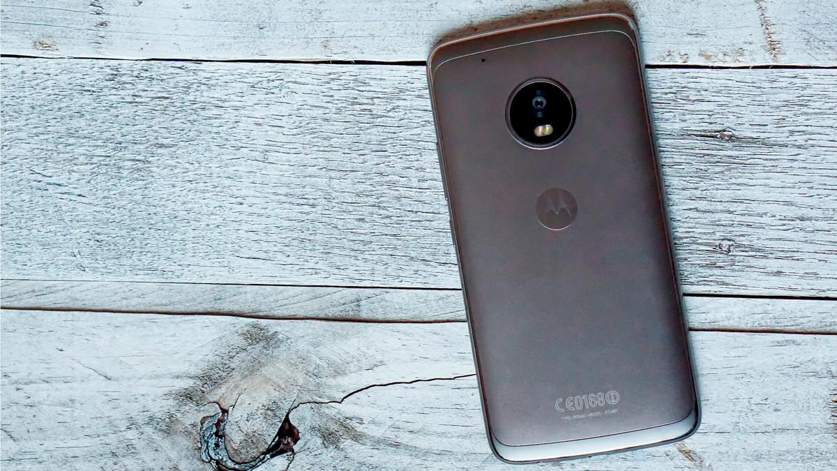 Back of the Moto G5Plus