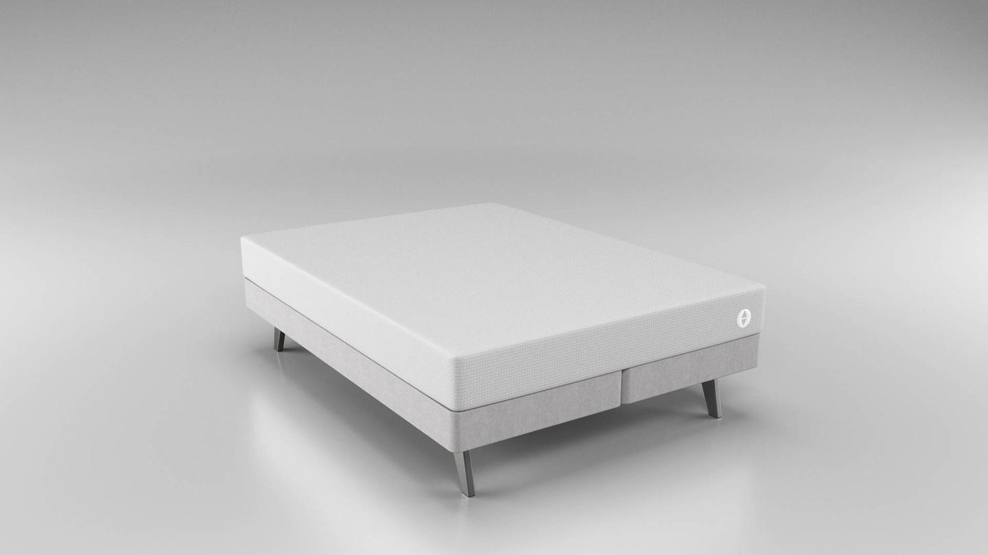 The it bed tailors its levels of firmness through a pair of foam-filled air chambers