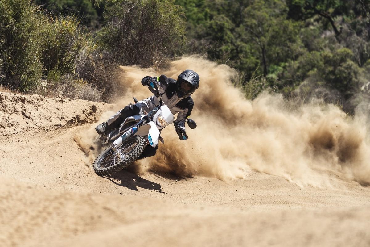Alta Redshift EXR: 50-horsepower electric with performance similar to a 350 race bike