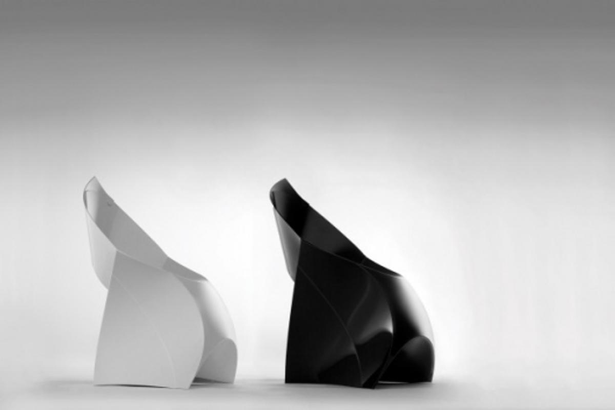 The Flux foldable chair folds flat when not in use but, in just ten seconds, transforms into a designer seat