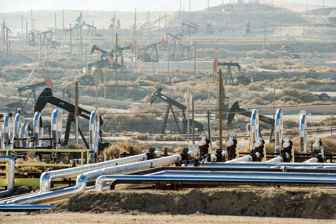 Waste water from fracking is over five times saltier than seawater (Photo: Christopher Halloran / Shutterstock.com)
