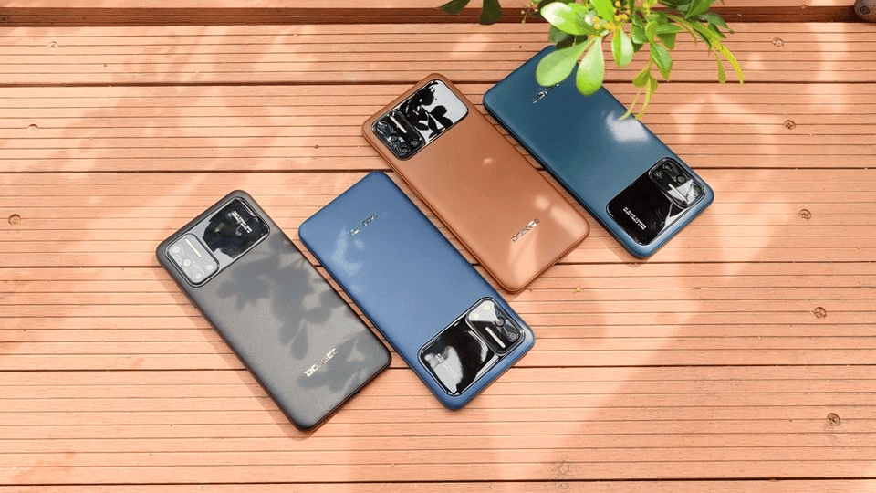 The Doogee N40 Pro sports four cameras on the back and a leather finish