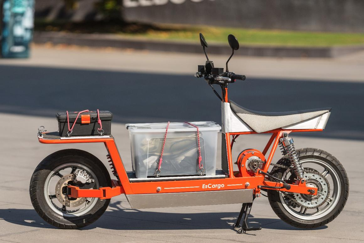 Review: EsCargo electric cargo bike is one heck of a strange