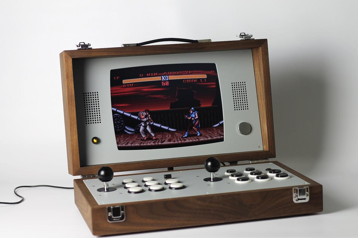 The Cary42: A two-player game console in a handmade wood case – only 50 will be made