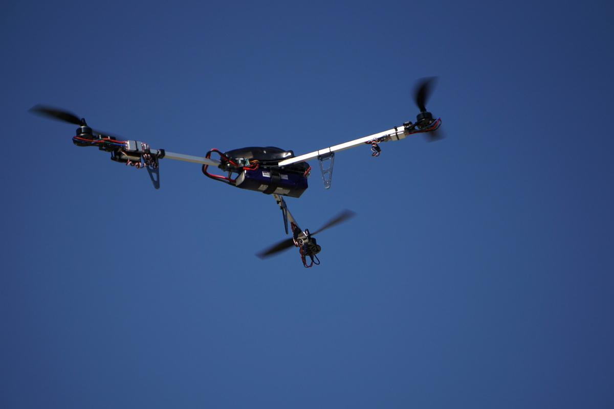 The BlackOps tricopter in action