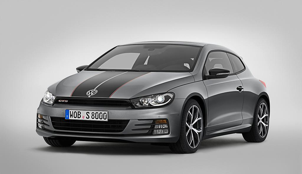 The Scirocco GTS is powered by a turbocharged direct-injection petrol engine that produces 220 PS