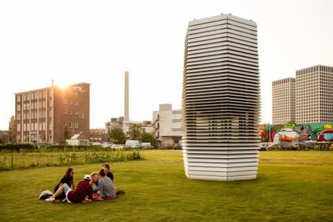 Billed as the world's first smog vacuum cleaner, Studio Roosegaard's Smog Free Tower was dreamt up by Dutch artist Dan Roosegaarde
