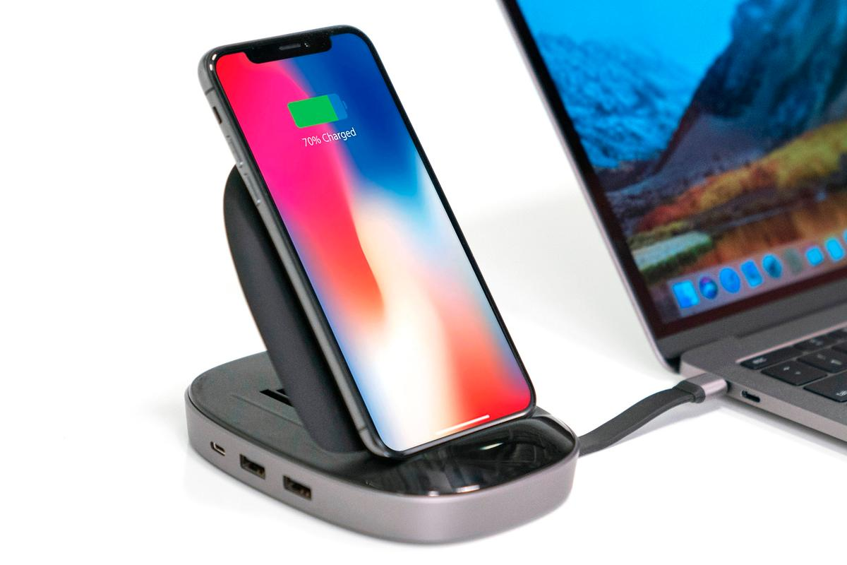 The HyperDrive is an 8-in-1 USB-C hub, as well as a wireless charging station for your smartphone