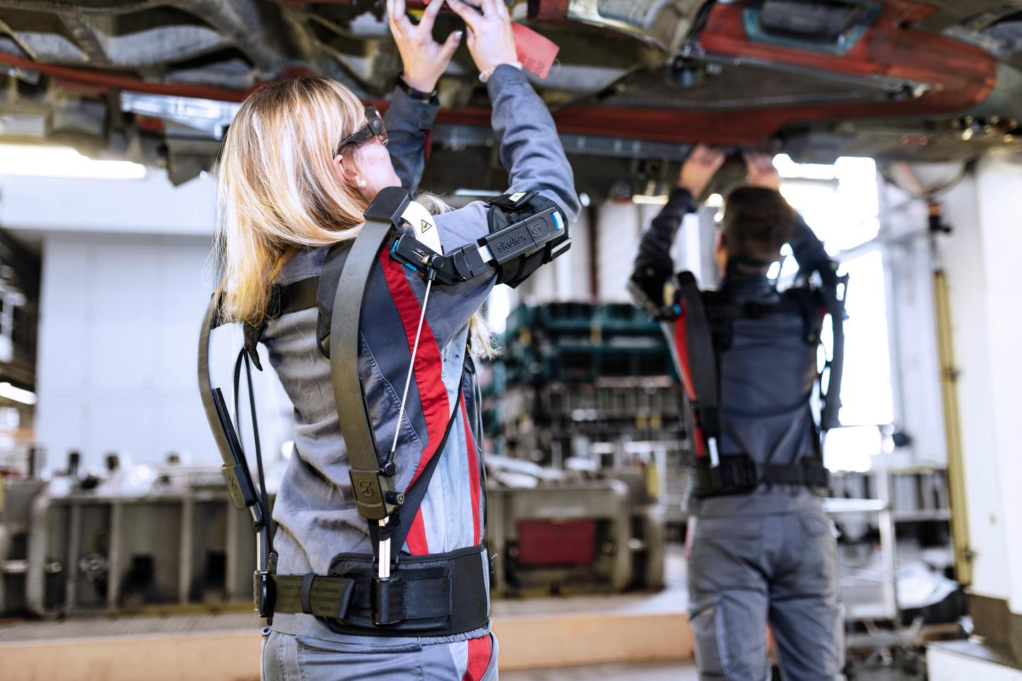 Audi is testing exoskeletons for performing overhead tasks