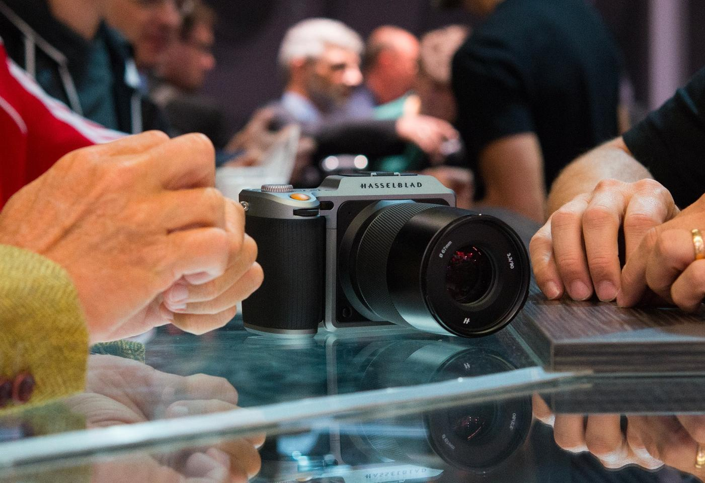 We were eager to get our hands on the Hasselblad X1D mirrorless medium format camera