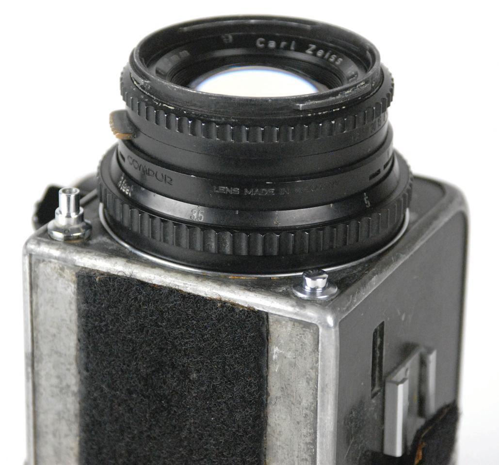 The Hasselblad camera and Zeiss lens