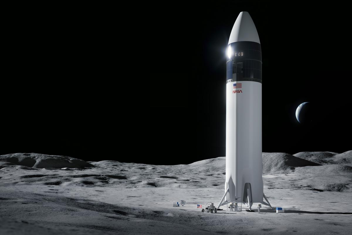 An artist's rendering of SpaceX's HLS Starship on the surface of the Moon