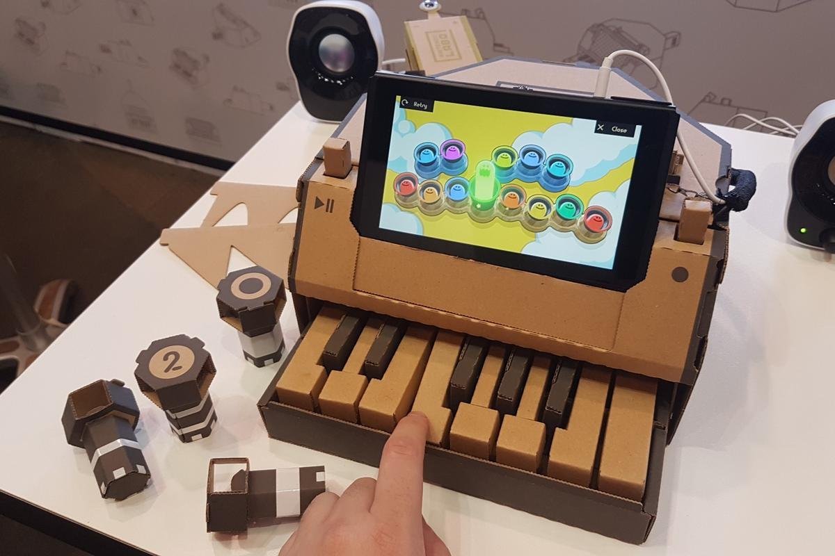 Each key press of the Nintendo Labo Piano bumps a reflective tag into view of the infrared sensor on the Joy-Con inside, telling the console which note to play