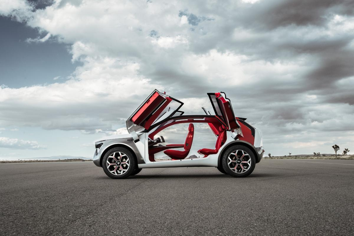 The KiaHabaNiro catches the eye with its four butterfly doors and B-pillarless design