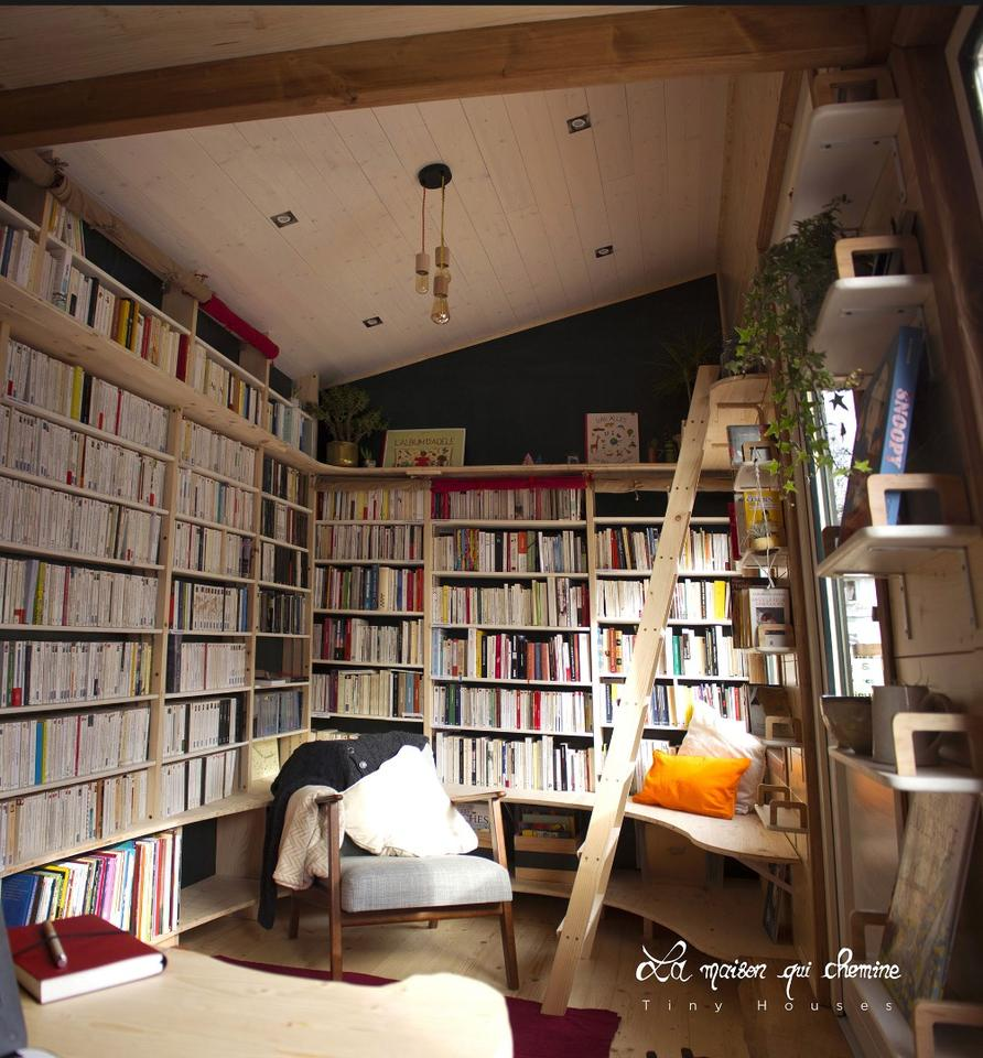 The tiny bookstore is La Maison Qui Chemine's first build