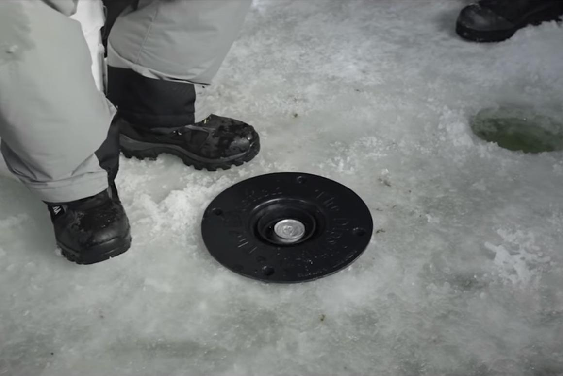 The business end of the DipStick – the rest of it telescopes down beneath the ice