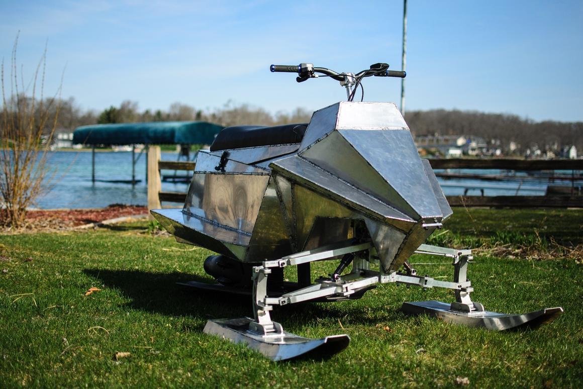 Experimental Jet Blade personal watercraft features tilting