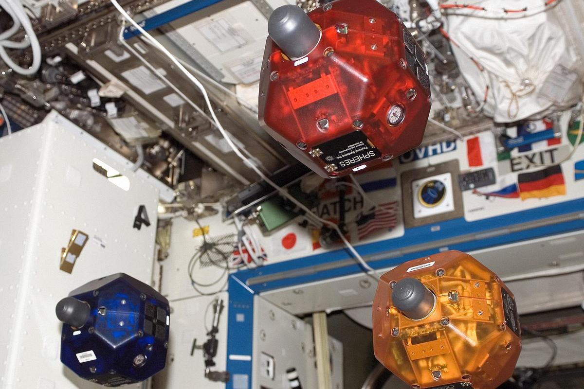 The SPHERES robots were put through a simulated follow-the-leader exercise (Image: NASA)
