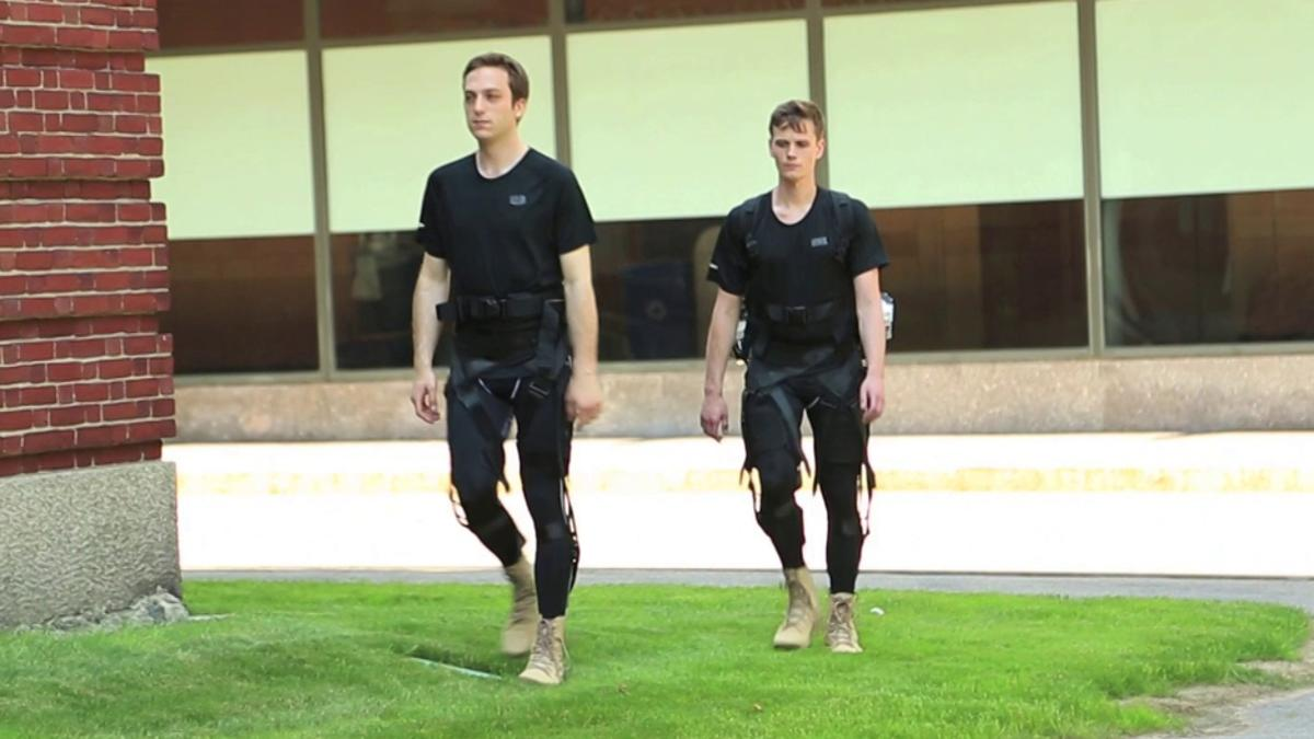 A US$2,9 million contract will allow the Wyss institute to continue development of a soft exoskeleton