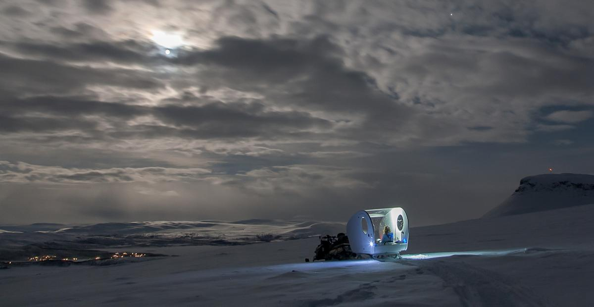 The Aurora Bubble Sled give visitors the opportunity to view the Northern Lights in solitude and away from any light pollution, while also experiencing the wilderness of the Artic Tundra