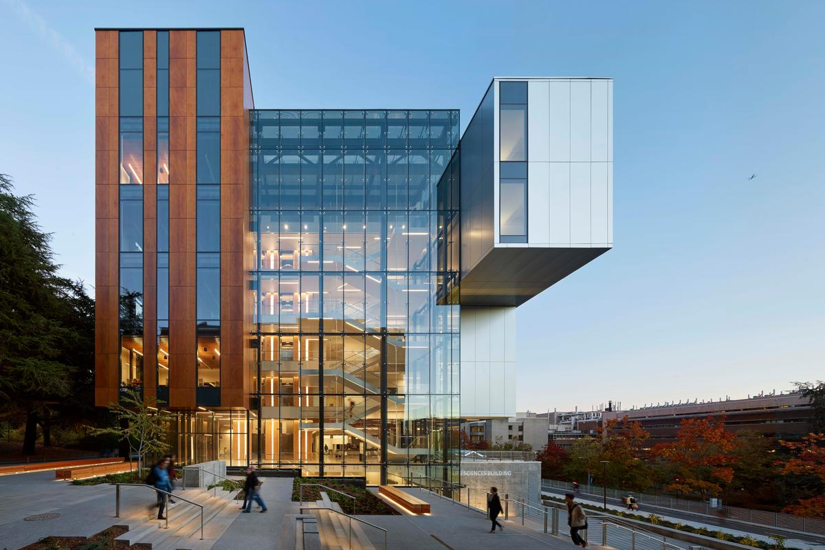 The University of Washington - Life Sciences Building is one of the sustainable projects highlighted in the 2021 COTE Top Ten Awards