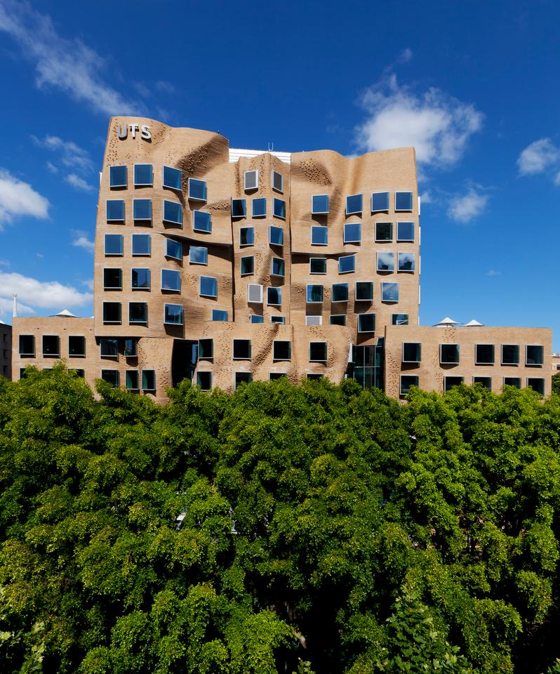 The Dr Chau Chak Wing Building designed by American architect Frank Gehry (Photo: Andrew Worssam)
