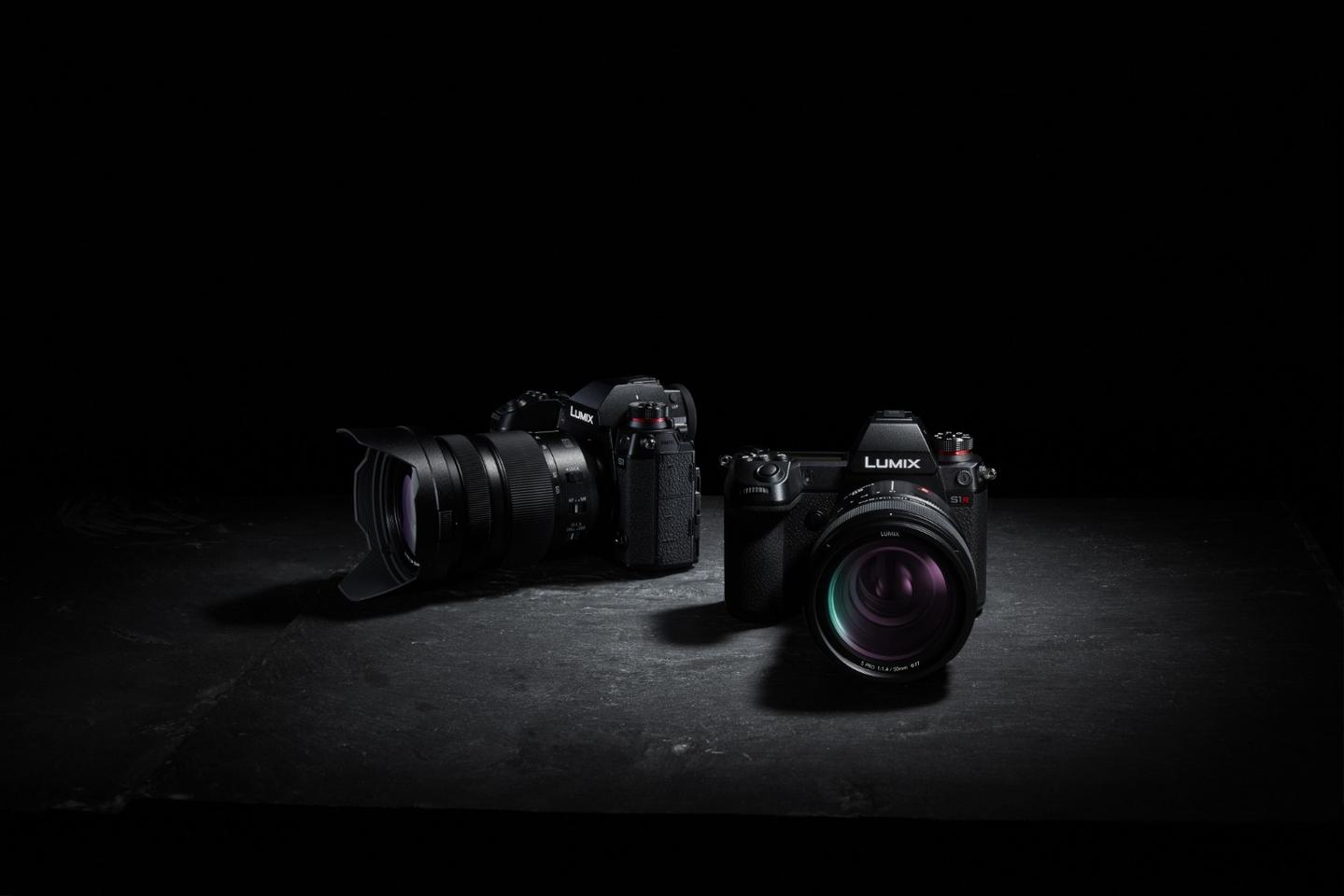 Panasonic officially launched the Lumix S1 and Lumix S1R full-frame mirrorless cameras in Barcelona, Spain, today