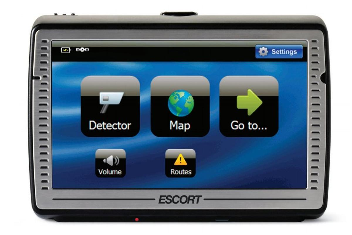 Escort has integrated ticket avoidance technology and GPS navigation into one unit, the Passport IQ